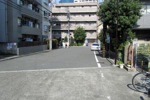 プレールドゥーク西新宿2の外観