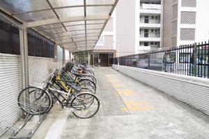 駒沢コーポラスのエントランス