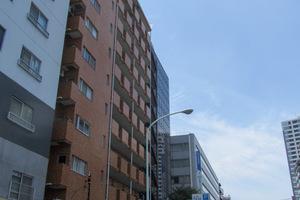 リレント新宿の外観