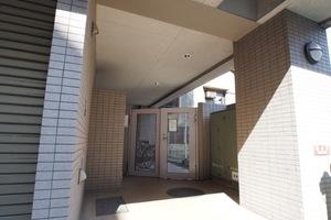 ロイヤルパレス大塚駅前のエントランス
