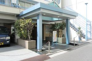 ニュー渋谷コーポラスのエントランス