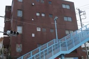 成城オリンピックマンションの外観