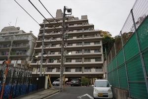 ストークマンション三田の外観