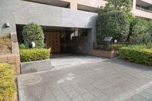 上野毛シティハウスのエントランス