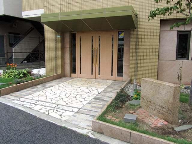 モンファイエ目黒本町のエントランス