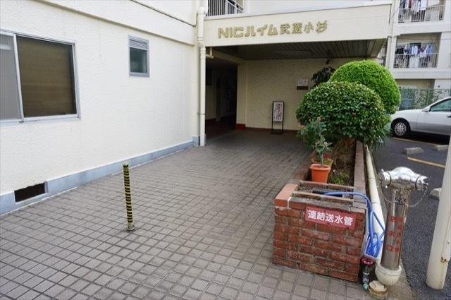 ニックハイム武蔵小杉のエントランス