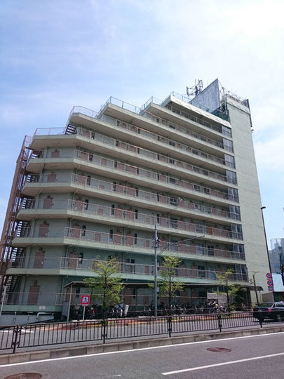 多摩川フラワーマンションの外観