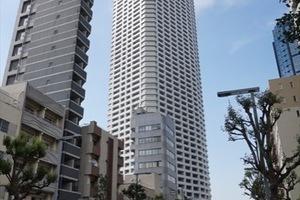 ザパークハウス西新宿タワー60の外観