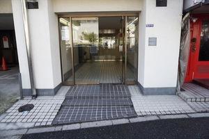 麻布永谷マンションのエントランス