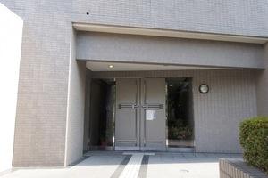 藤和シティホームズ板橋区役所前のエントランス