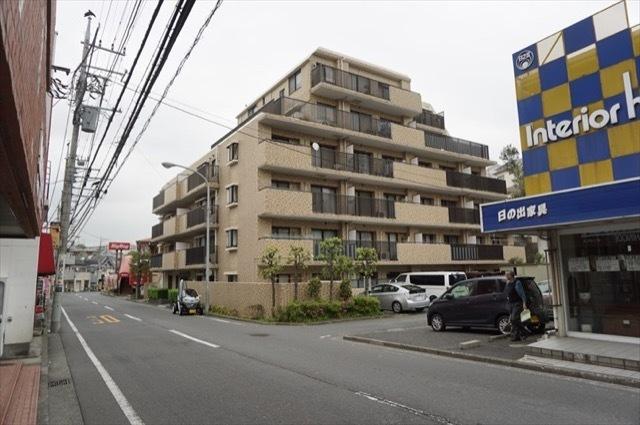 横浜永田町パークホームズの外観