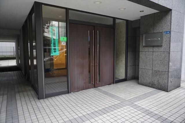 ルミネ三田のエントランス