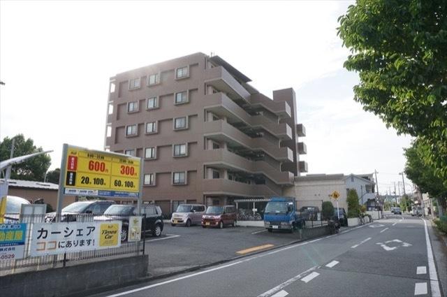 ビッグヴァン新川崎の外観