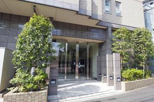 グランスイート文京本駒込のエントランス