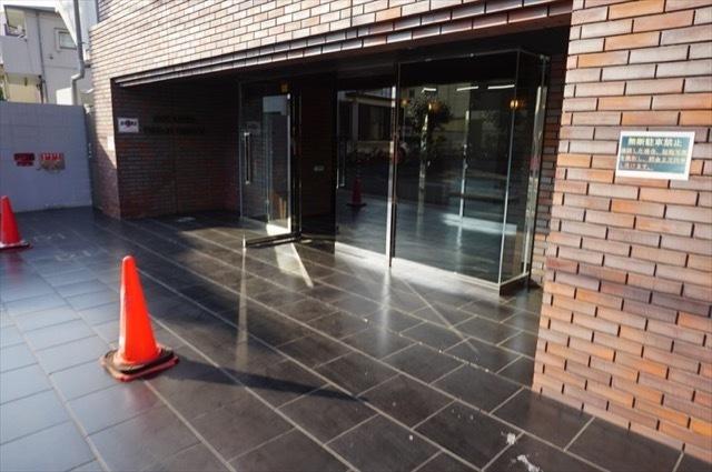 スパシエカステール横浜吉野町のエントランス