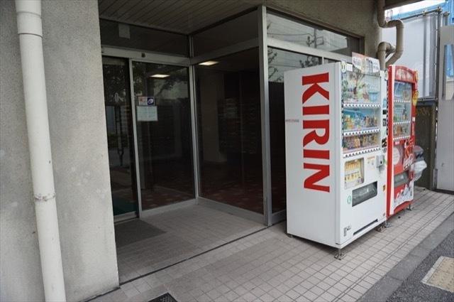 浜松町ビジネスマンションのエントランス