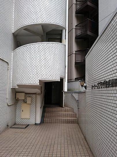 オーナーズプラザ京浜蒲田のエントランス
