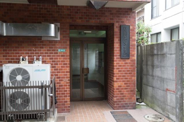 江古田STマンションのエントランス