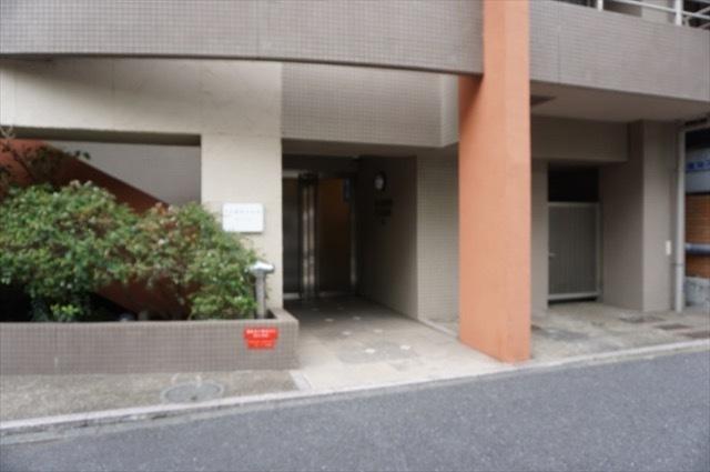 トースト横浜大通り公園のエントランス
