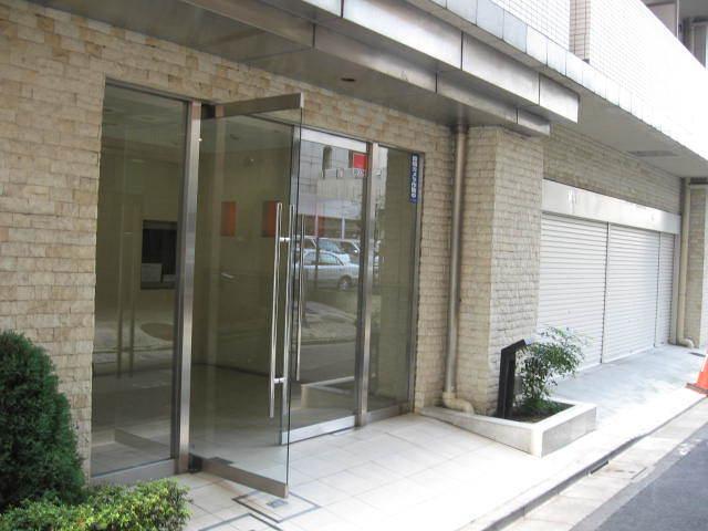 エスコート西新宿のエントランス