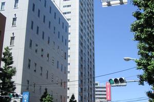 新宿山吹アインスタワーの外観