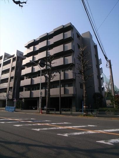 ルーブル上鷺宮弐番館の外観