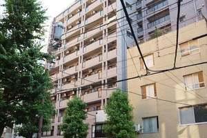 ライオンズマンション飯田橋駅前の外観