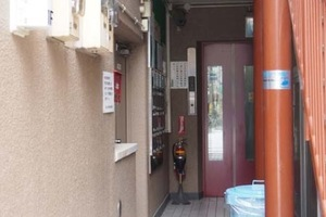 北上野永谷コーポラスのエントランス