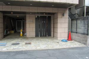ヴェルト東新宿のエントランス