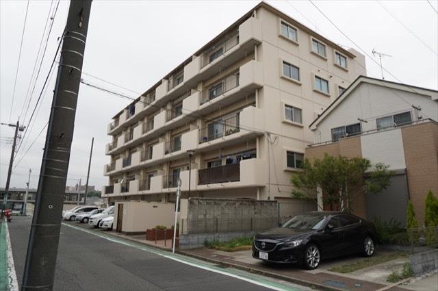 藤塚ヒミコマンションの外観