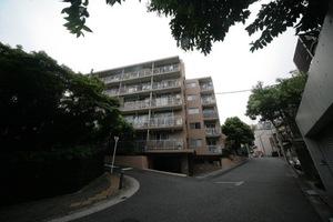 大井仙台坂マンションの外観