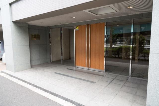 アルカンシエル高井戸のエントランス