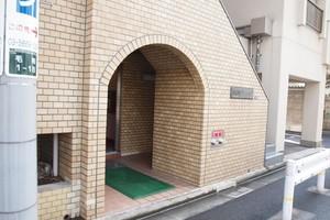 錦糸町グリーンハイツのエントランス