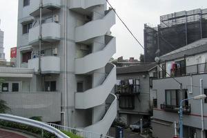 サザンパレス新宿原町の外観