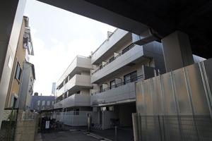 日神パレステージ志村坂下の外観