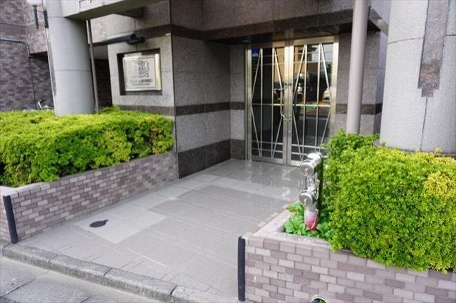 ライオンズマンション新川崎南第2のエントランス
