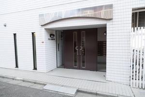 東急ドエルアルス東高円寺のエントランス