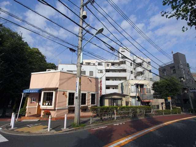 キャニオンマンション志村城山公園の外観