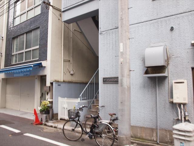 サンビュー外神田のエントランス