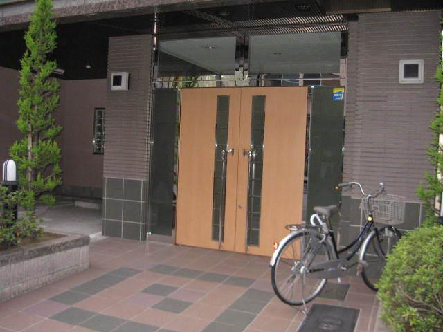 ライオンズマンション浅草寿町のエントランス
