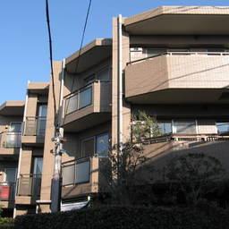 グローリオ駒沢大学
