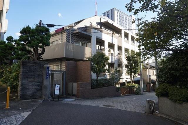 ピアース虎ノ門の外観