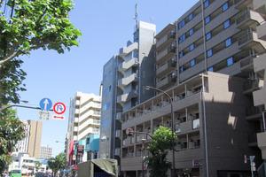 ザステージ早稲田の外観