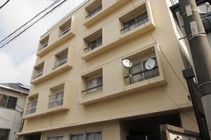 小石川マンションの外観