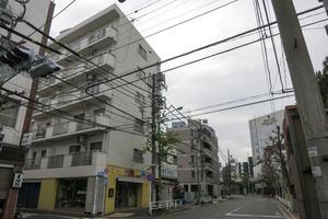 フラワーマンション(渋谷区)の外観