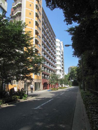 新宿御苑前マンションの外観