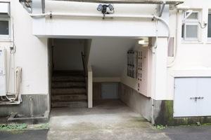 高円寺南マンションのエントランス