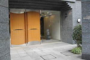 菱和パレス下北沢駅前のエントランス
