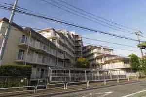 日商岩井上板橋マンションの外観