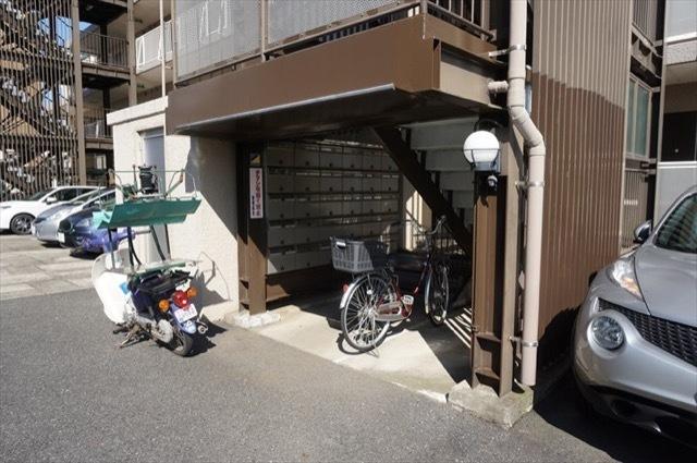 武蔵小杉第2サマリヤマンションのエントランス